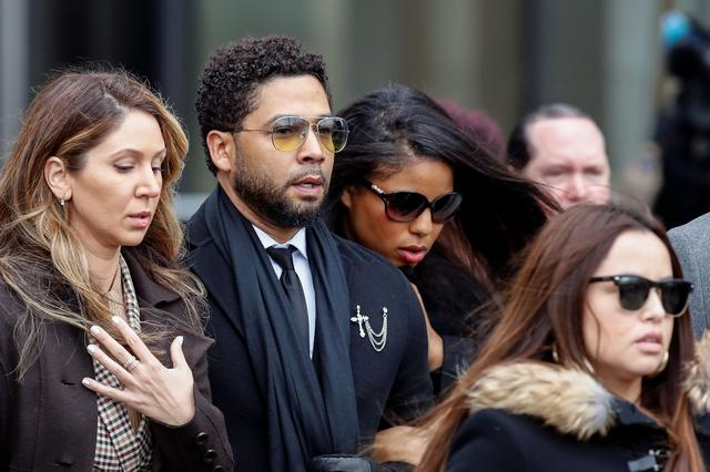 """Former """"Empire"""" actor Jussie Smollett leaves court after his arraignment on renewed felony charges in Chicago, Illinois, U.S., February 24, 2020.  REUTERS/Kamil Krzaczynski"""