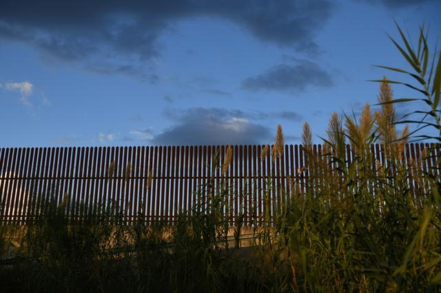 A section of border fence is pictured by the U.S.-Mexico border in the Rio Grande Valley near Hidalgo, Texas, U.S., October 7, 2019. REUTERS/Loren Elliott