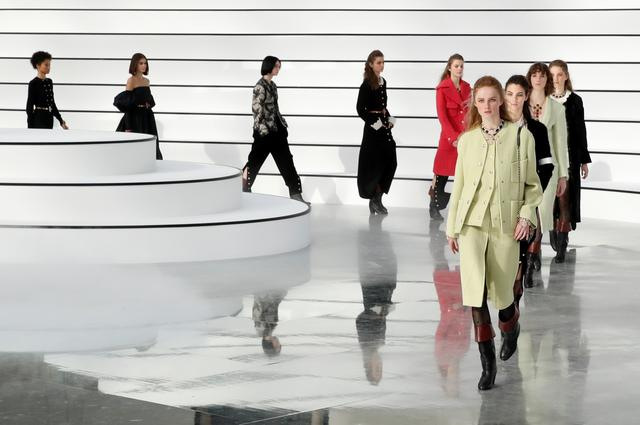 Models present creations by designer Virginie Viard as part of her Fall/Winter 2020/21 women's ready-to-wear collection show for fashion house Chanel during Paris Fashion Week in Paris, France, March 3, 2020.  REUTERS/Gonzalo Fuentes
