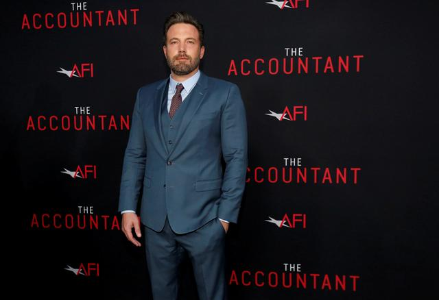 "FILE PHOTO: Cast member Ben Affleck poses at the premiere of ""The Accountant"" at the TCL Chinese theatre in Hollywood, California U.S., October 10, 2016.   REUTERS/Mario Anzuoni/File Photo"