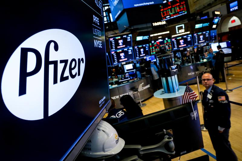Pfizer Weighs Working With Biontech On Potential Coronavirus Vaccine R D Head Reuters