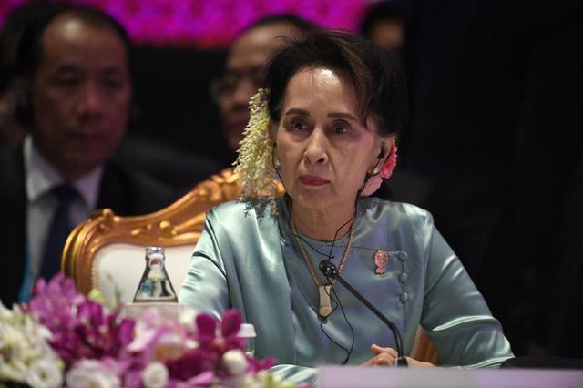 FILE PHOTO - State Counsellor of Myanmar Aung San Suu Kyi attends the 22nd ASEAN Plus Three Summit in Bangkok, Thailand, November 4, 2019. REUTERS/Chalinee Thirasupa