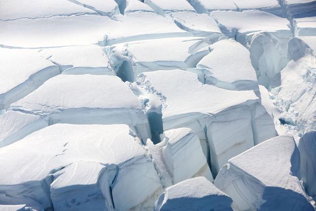 FILE PHOTO: A glacier is seen in Half Moon Bay, Antarctica, February 18, 2018. REUTERS/Alexandre Meneghini