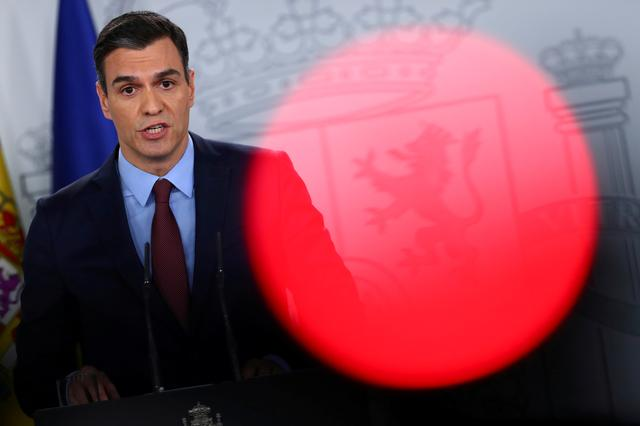FILE PHOTO: Spanish Prime Minister Pedro Sanchez speaks during a news conference after taking part in a conference call with European leaders at the Moncloa Palace in Madrid, Spain March 10, 2020. REUTERS/Sergio Perez/File Photo