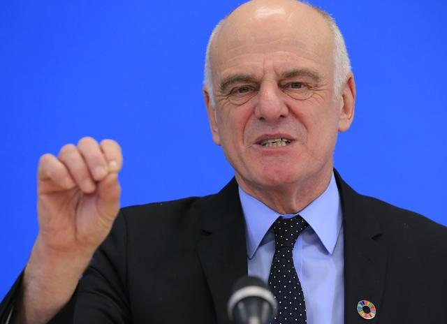 FILE PHOTO: David Nabarro, candidate for Director General of the World Health Organization, attends a news conference at WHO headquarters in Geneva, Switzerland, January 26, 2017. REUTERS/Pierre Albouy