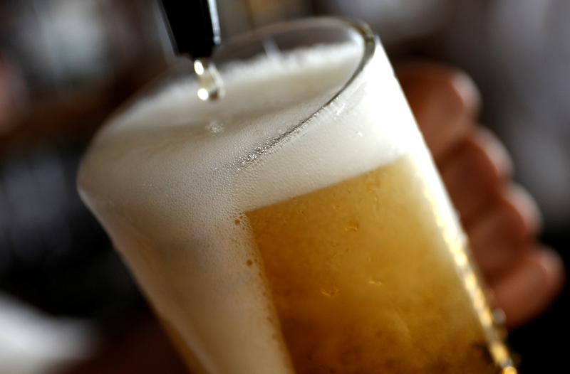 Beer may lose its fizz as CO2 supplies go flat during pandemic