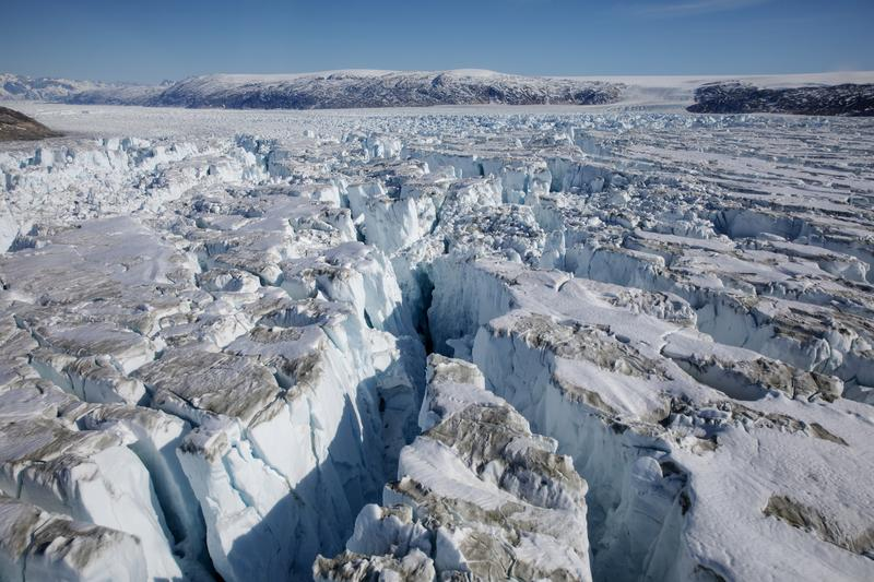 Rain Falls for First Time in Recorded History at Highest Point on Greenland's Ice Sheet