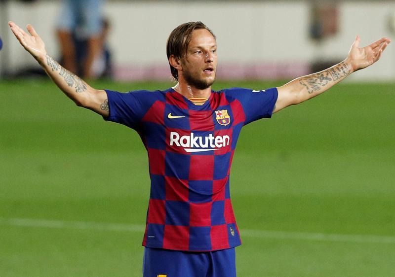サッカー=バルセロナMFラキティッチ、古巣セビリアに移籍 | ロイター
