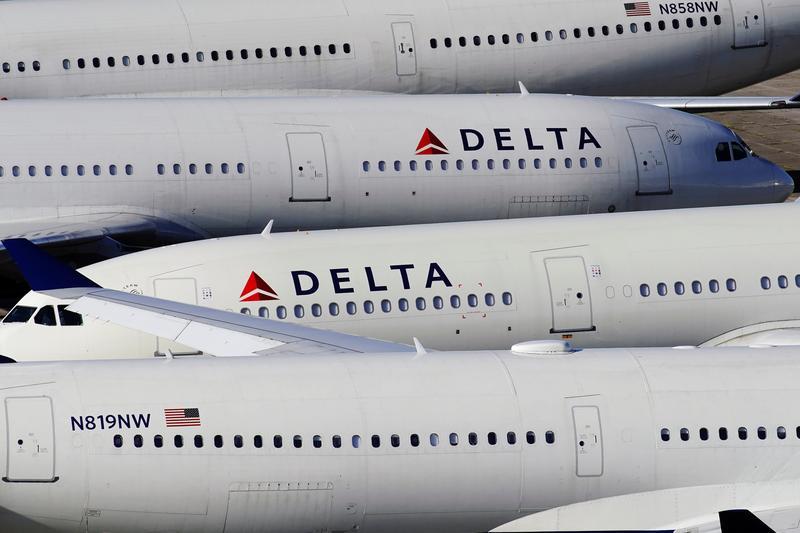 Delta to delay pilot furlough decision until November 1, union says