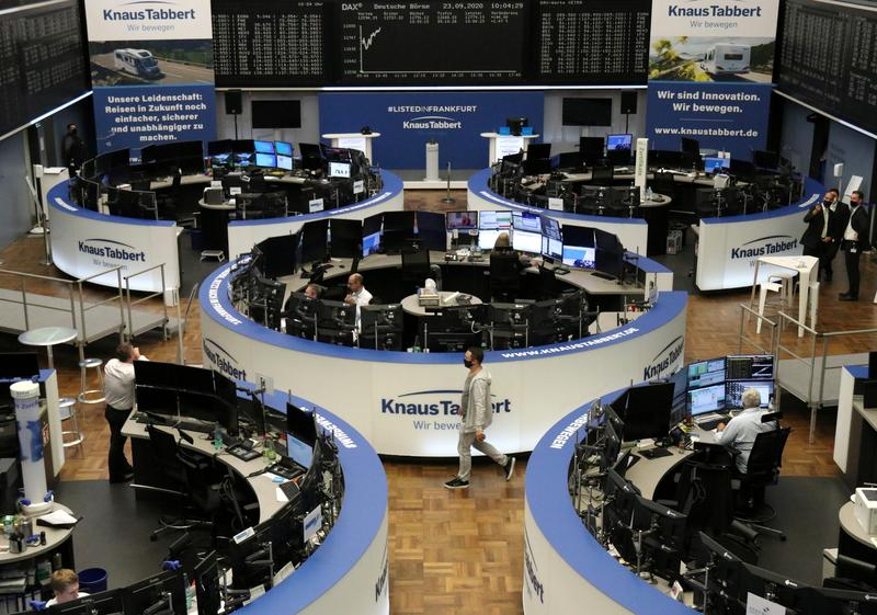 Global shares slide, dollar up as hopes of economic recovery fade