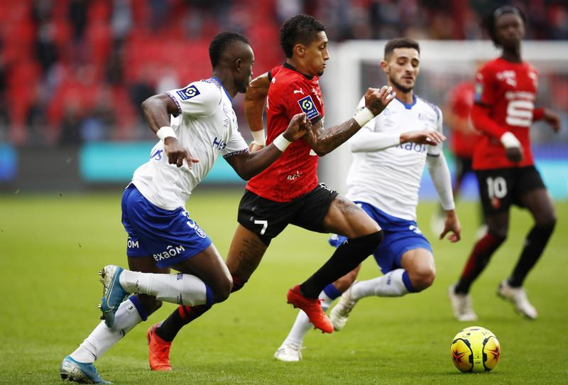 Rennes Cling On To Top Spot After Home Draw With Reims Southampton Strengthen Midfield With Diallo Signing Real Madrid Win Again With Helping Hand From Courtois Inter Drop First Points In Bad Tempered