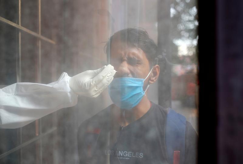India Begins Selecting People for Coronavirus Vaccines