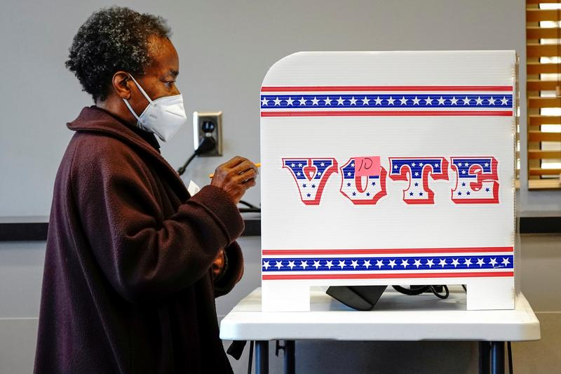米でコロナ入院患者急増、大統領選の激戦州ウィスコンシンなど