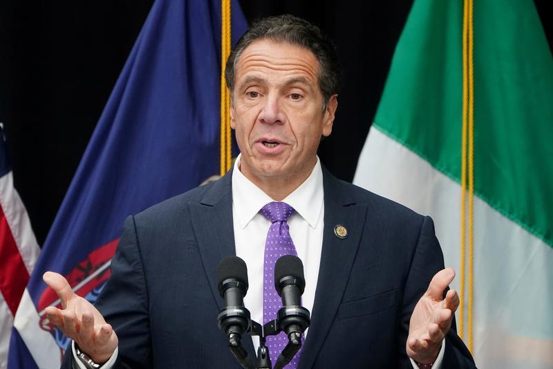 New York thay đổi quy tắc cách ly coronavirus đối với những người đến tiểu bang