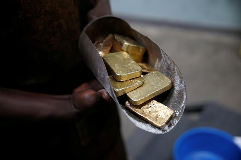 Exclusive: JPMorgan dominates gold market with record $1 billion precious metals revenue