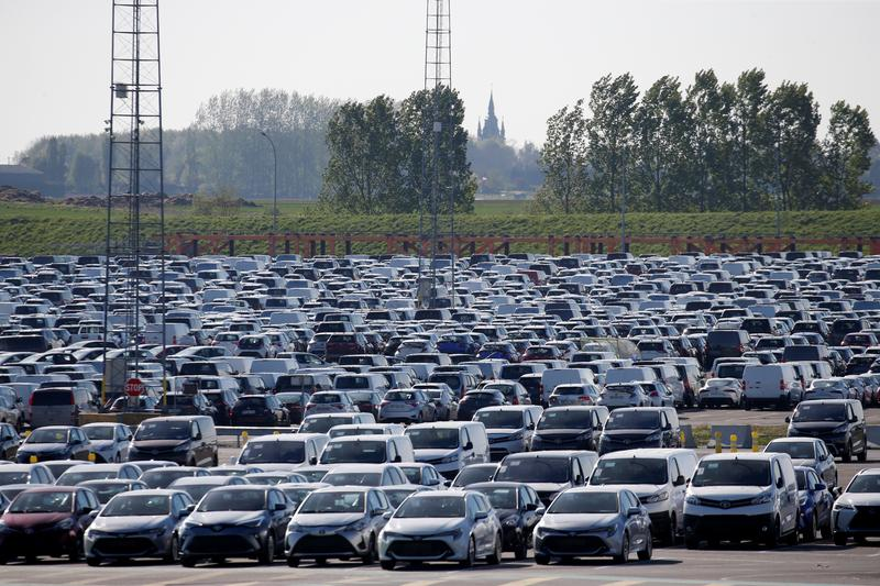 French car market set to fall to lowest level since 1975: federation |  Reuters