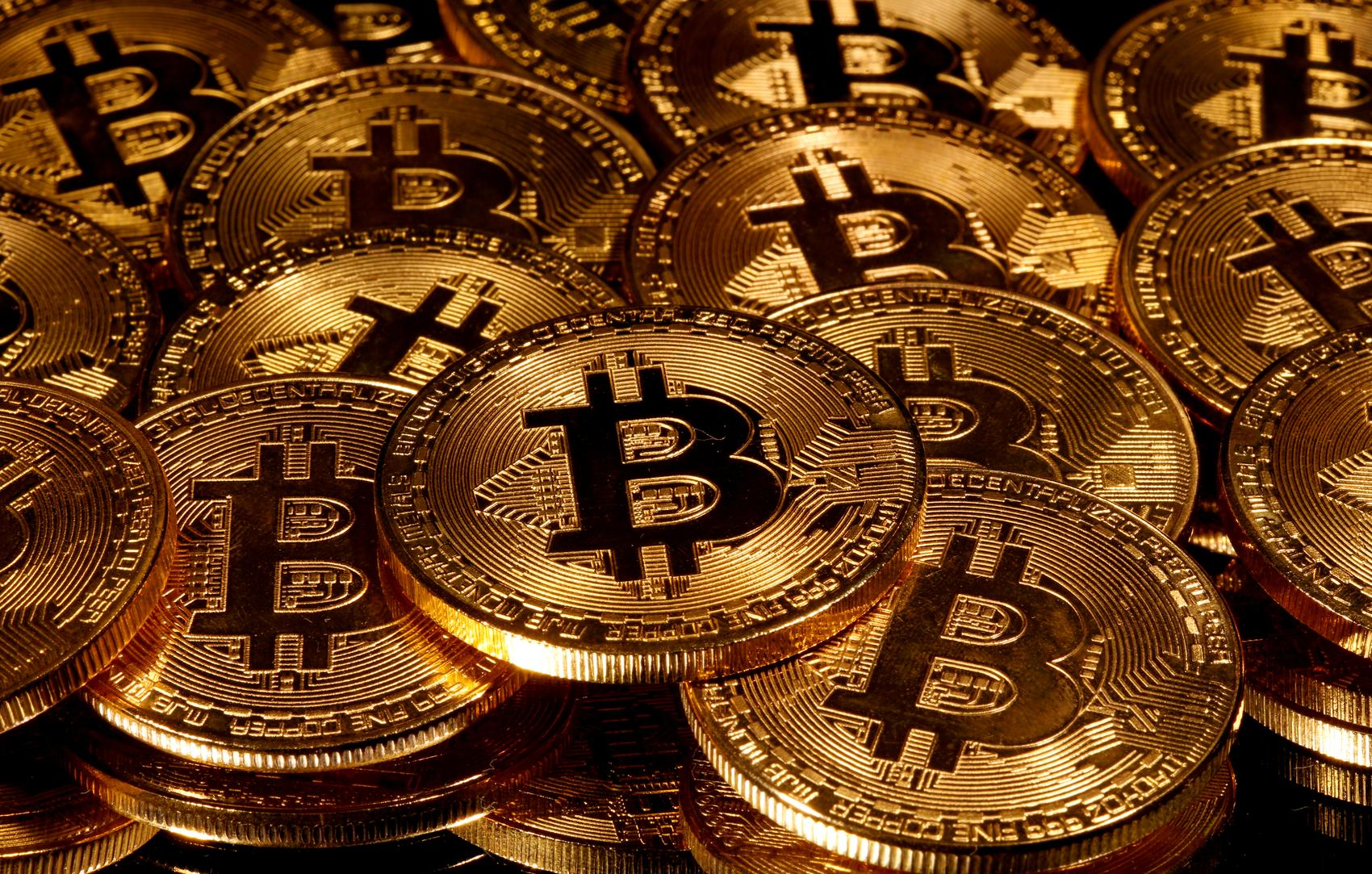 Bitcoin shatters $20,000 barrier for first time