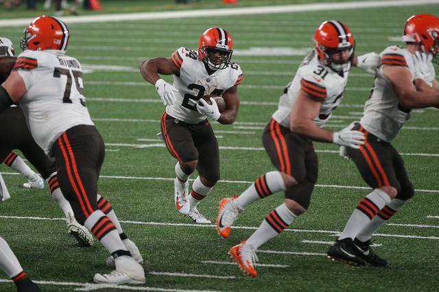 Cleveland Browns Down Four Wide Receivers vs. New York Jets Due to Coronavirus Plague Exposure