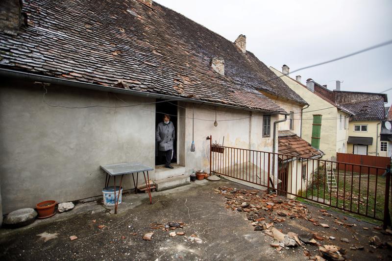 Earthquake Of Magnitude 5 2 Shakes Central Croatia Reuters