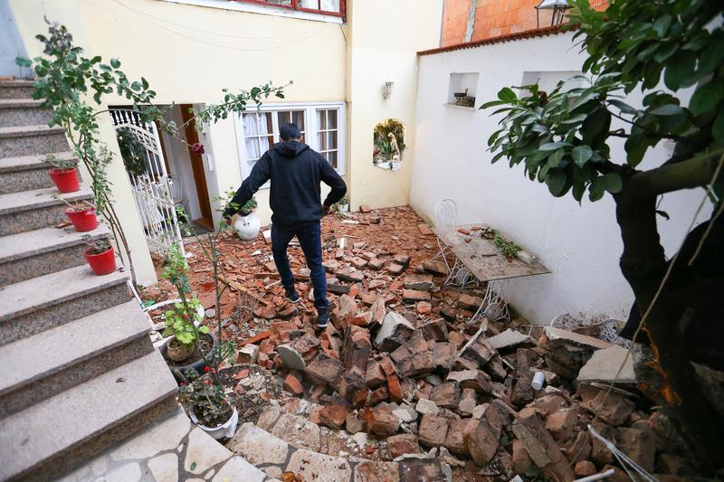 Earthquake Strikes Central Croatia Killing Five And Damaging Buildings Reuters