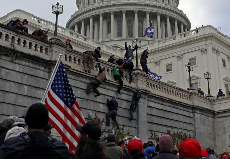 Evangelical Leaders Sign Letter Condemning  Role of 'Christian Nationalism' in Capitol Riot