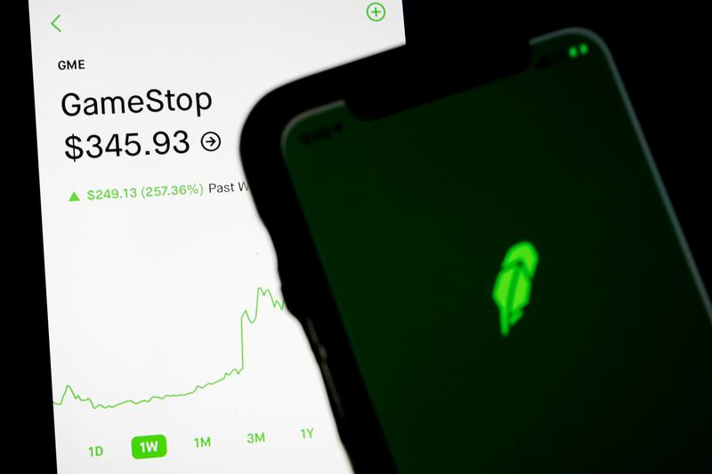Robinhood lifts trading restrictions on all stocks, including GameStop