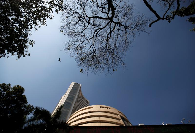Sensex, Nifty extend losses as private-sector lenders fall - Reuters