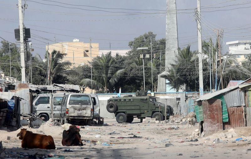 Gunfire erupts in Mogadishu as Somali government forces seal off streets