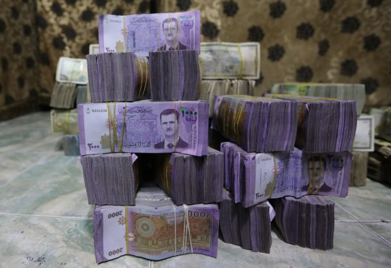 Syrian pound sinks to record low on foreign currency crunch