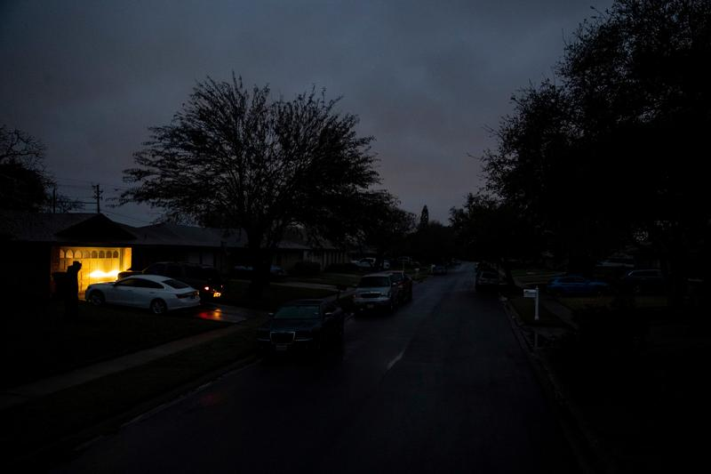 Texans stuck with $5,000 electric bills after winter storm need help, officials says - Reuters