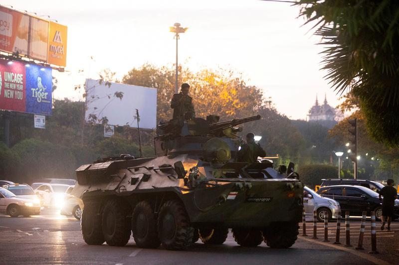 western-countries-step-up-pressure-on-myanmar-junta-as-protesters-defy-warnings