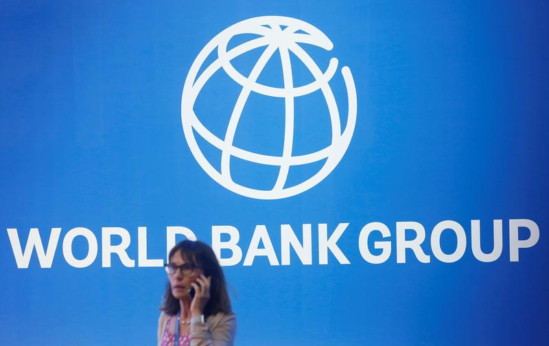 world-bank-threatens-to-cut-lebanons-vaccine-aid-over-line-jumping