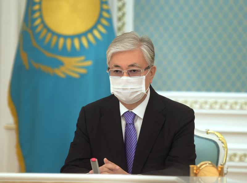 Kazakh president orders ban on foreign ownership of farmland