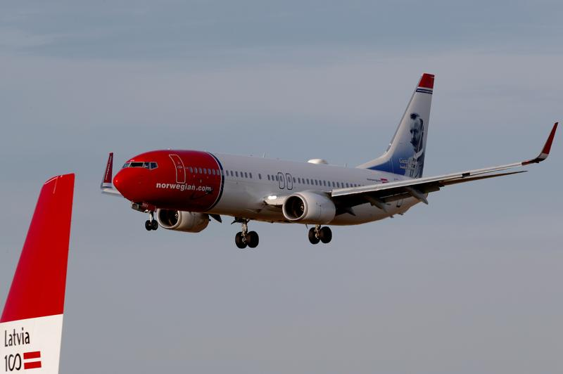 Norwegian Air makes final restructuring offer to creditors | Reuters