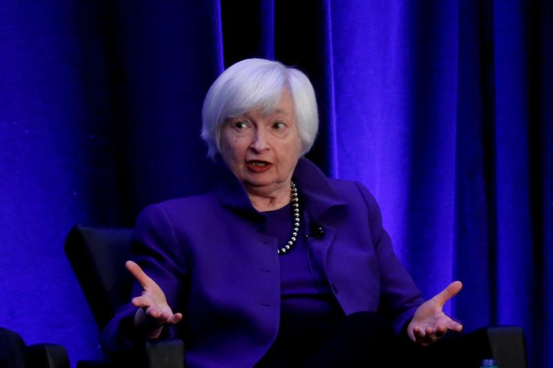 Pressure for hedge fund scrutiny builds as Yellen leads her first U.S. financial stability meeting