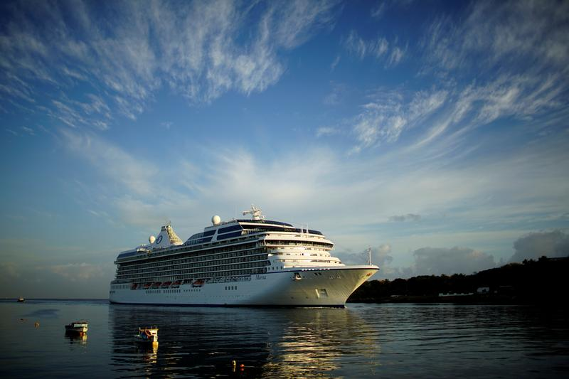 norwegian-cruise-to-mandate-covid-19-vaccination-for-guests-and-crew