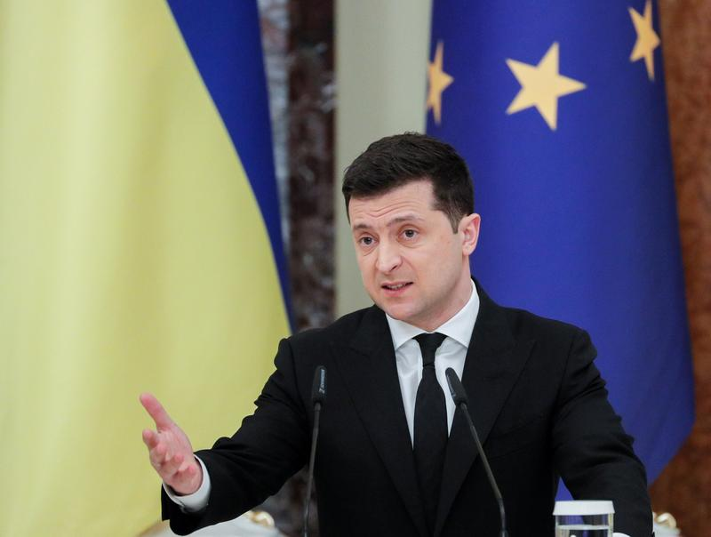ukraine-calls-for-path-into-nato-after-russia-masses-troops