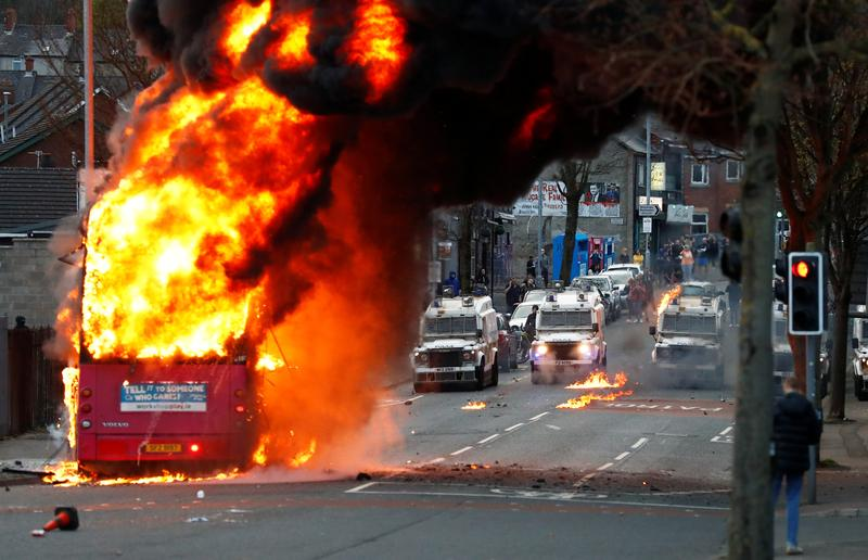 belfast-protesters-hijack-bus-attack-police-as-violence-continues