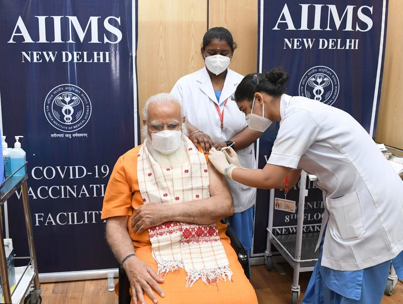 indian-pm-rejects-calls-to-widen-vaccine-access-as-infections-hit-record