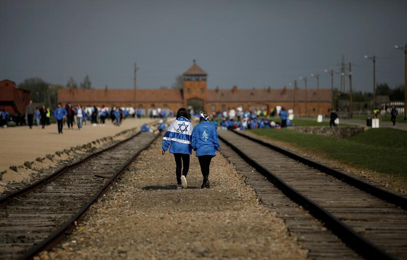 holocaust-survivors-join-virtual-march-of-living-ceremony-at-auschwitz