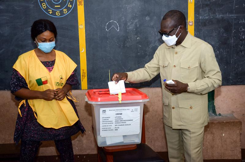 vote-counting-in-benin-after-election-marked-by-violent-protests