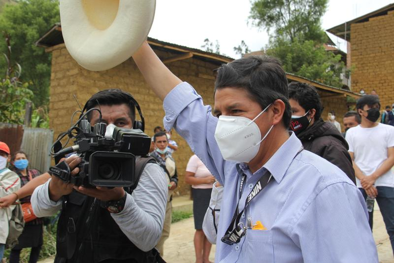 peruvian-fast-count-predicts-run-off-between-leftist-castillo-and-conservative-fujimori
