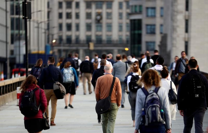 UK economy grows by 0.4% m/m in February - Reuters