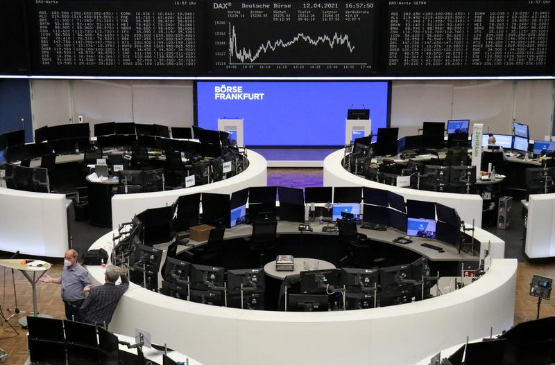 global-stocks-hit-record-after-u-s-inflation-data