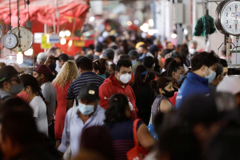 Mexico reports 4,293 new coronavirus cases, 592 more deaths - Reuters