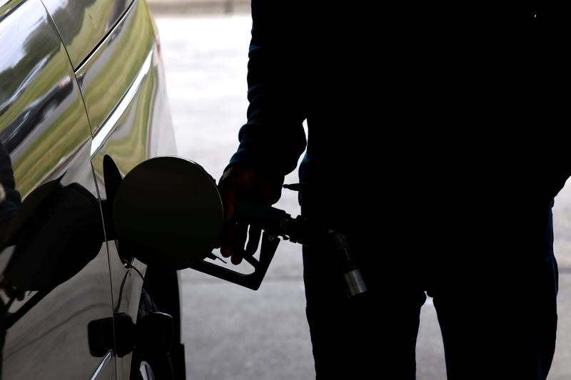 Photo of US gasoline shortage eases, but pumps still dry in some areas