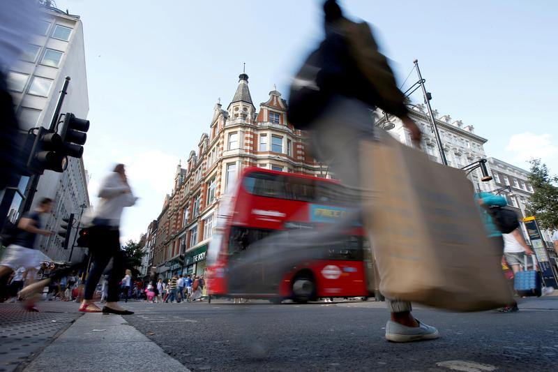UK retail sales jump 9.2% in April as shops reopen
