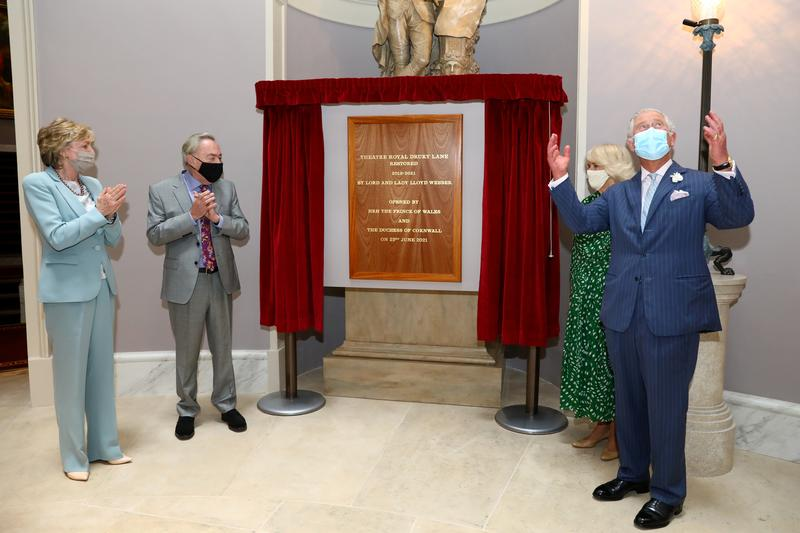 Andrew Lloyd Webber opens Drury Lane theatre after $80-million revamp.jpg