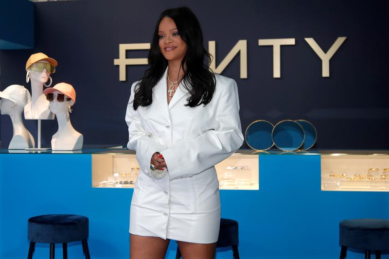 Singer Rihanna is officially a billionaire, Forbes says.jpg