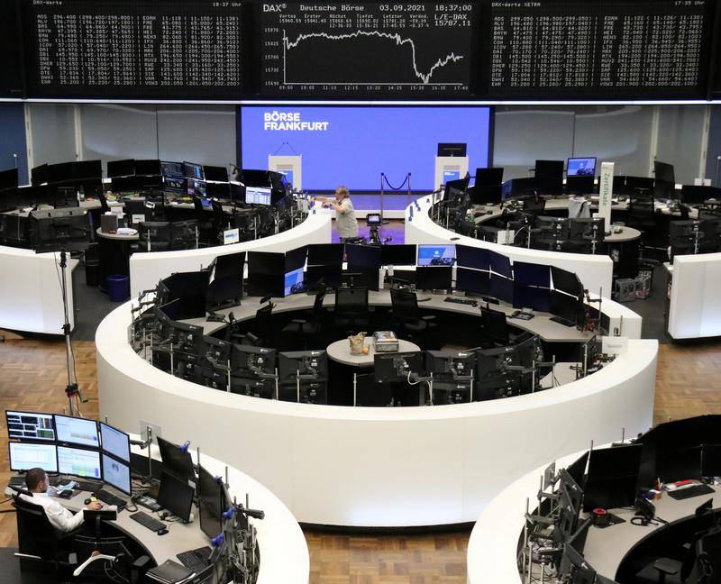 Photo of UPDATE 1-Tech gains keep European stocks just below record highs   Reuters